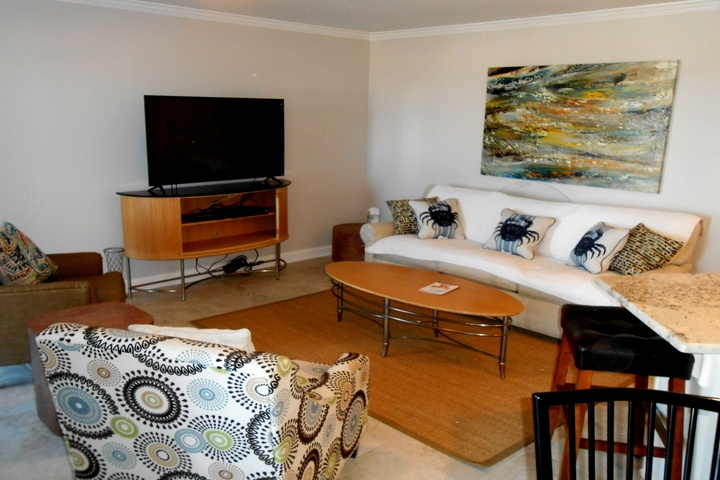 Regatta Condominiums * Gulf Shores, AL * Beautifully Remodeled * 2BR/2BA * Great Family Atmosphere * Summer Bookings!